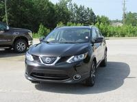 3: USED 2018 NISSAN ROGUE SPORT SL